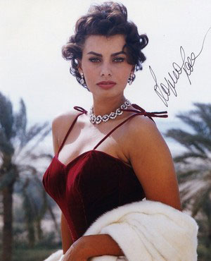 Sophia-Loren-What-a-woman-actress-age-style-beauty-ingolden.gr