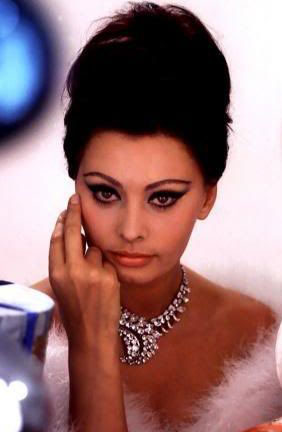 Sophia-Loren-What-a-woman-actress-ingolden.gr