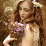 epeidi-einai-anoiksi-dealway.gr-ingolden.gr-girl-flowers-