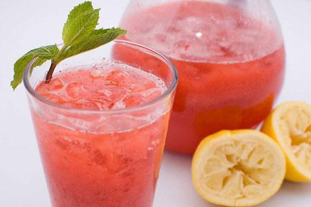 lemonada-me-fraoules-ingolden.gr