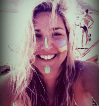 Η Σάσα, Surfing κ ο Θεός Βοηθός !!(Cameron(Diaz).. φάε τη σκόνη μου)