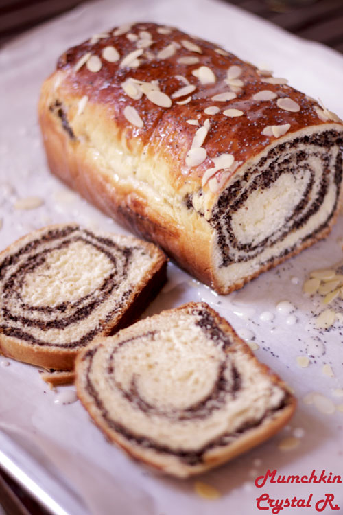 Makowiec-poppy-seed-bread-poland-traditional-christmas-recipe-crystallia-ingolden.gr