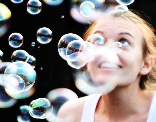 mia-idea-quotes-Einstein-bubbles-girl-woman