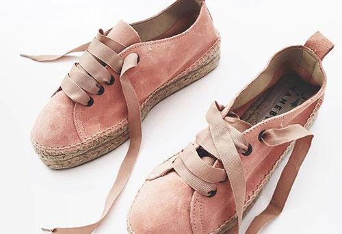 apothikeontas-ta-xeimerina-ingolden.gr-shoes