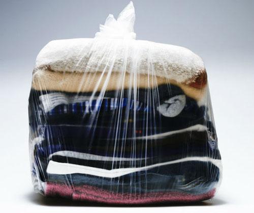 apothikeontas-ta-xeimerina-ingolden.gr.-bag-plastic-clothes