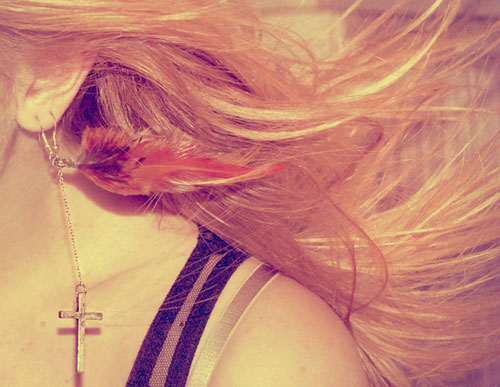 agapa-ton-eayto-sou-ingolden.gr-qutes-hair-red