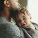 Ξέρεις μπαμπά, ήθελα να σου ευχηθώ «χρόνια πολλά»..