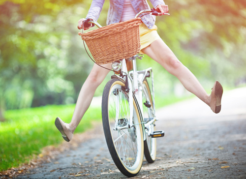 pio-makria-ingolde.gr-bicycle-woman-girl