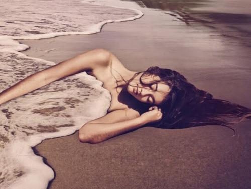 mi-mou-ksipnas-ingolden.gr-woman-sea-sleep-quotes-life