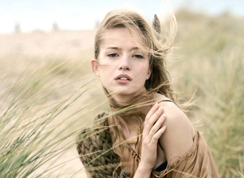 osa-epithimeite-ingolden-gr-quotes-wind-woman-blow