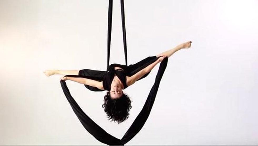 aerial-yoga-aisthsh-eleytherias-blog-ingolden-gr