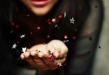 mesa-se-mia-stigmi-woman-stardust-miracle-stars-quotes-ingolden.gr-red-black