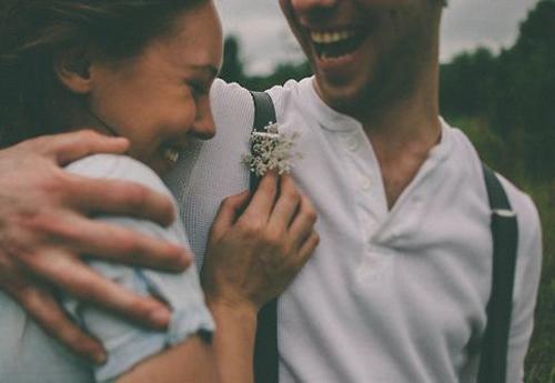 idio-proorismo-ingolden.gr-quotes-couple-lagh-love-happy