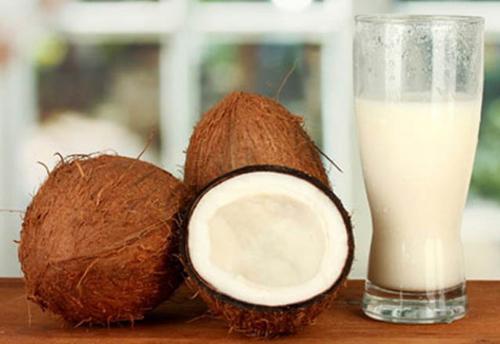 gala-karydas-idiotites-xriseis-coconutmilk