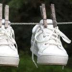 Λευκά παπούτσια, πως τα καθαρίζουμε