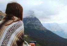 skies-ingolden.gr-woman-morning-tea-ingolden.gr