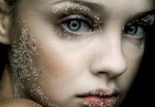 i-kali-tyxi-quotes-lucky-ingolden.gr-glitter-woman-lights-olors